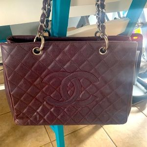 Chanel tote in eggplant